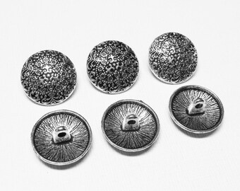 Metal Beads - Antiqued Silver Pewter 17x8mm Round Fancy Fleur De Lis and Flowers Buttons (6 buttons) - spa633