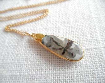 White solar peacock quartz - quartz druzy - black and white - gold necklace - D R U Z Y 266