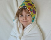 Organic Bamboo Hooded Bath Towel: Elephants, Toddler Size