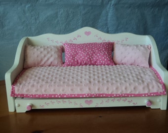 A Doll Daybed and bedding w/trundle, hand made ,that fits American Girl or 18 inch doll  , doll bed