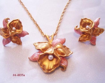 FREE SHIP Vintage Pink Enamel Orchid Necklace And Earrings (4-4035)