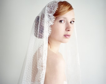Wedding Veil, Bridal Veil, Lace Mantilla Veil, Lace Veil, Chantilly Lace Veil, Dotted Veil, Swiss dot Veil, Fingertip Veil - Style 233