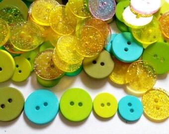 50 pcs -  Mix round button - mix size