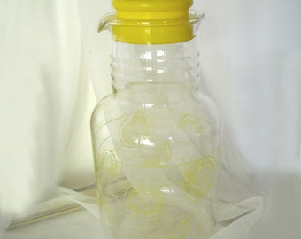 vintage 1960's pyrex glass juice container/jug w/lemons