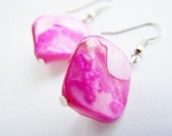 Hibiscus Mother of Pearl Earrings -Affordable gifts for everyday and even bridesmaids sets