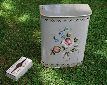 Vintage DETECTO Tole Painted Laundry Hamper and Tissue Holder ~ Midcentury ~ Cottage Chic