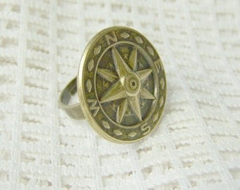 COMPASS ROSE Ring - Antiqued Brass - Adjustable Ring