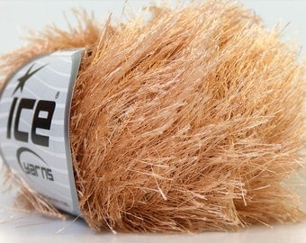 Beige Eyelash Yarn 22750 Ice Fun Fur 50gr 82 yds