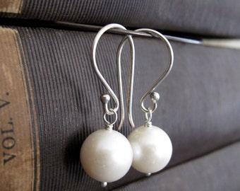 Ivory Pearl Earrings, Sterling Silver Earrings with Pearls, Wedding Bridal Pearl Earrings - IVORY PEARLS