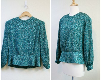 Vintage 1980s Forest green blouse / Secretary Blouse/ long sleeve blouse size S to M