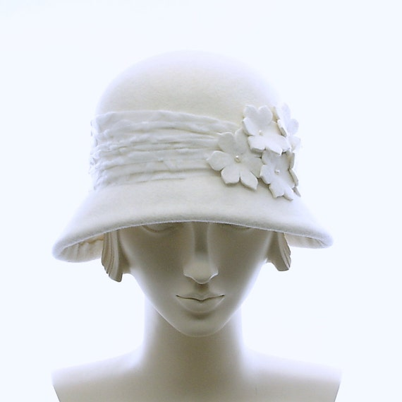 Winter White Cloche Hat for Women - 1920s Style Hat - Freshwater Pearls