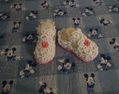 Lace Shoes, Lace Booties, Baby Booties, Infant, Child's Accessory, Hand Tatted, 0-3 months, White