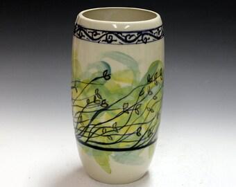 Porcelain vase, vessel, home deco, decoration, flowers