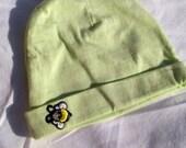 Newborn Baby // Green Beanie Hat // Bee Applique