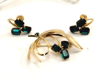 Cellincraft Emerald Green 1950s 12k Gold Filled Star Art Gold Filled Vintage Brooch and Earrings Boxed Set