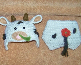 Photo prop - cow hat and diaper cover - handmade winter hat - Baby costume - baby cow hat - diaper cover