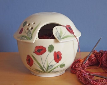 yarn bowl with Poppies