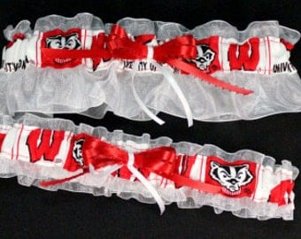 Wisconsin Badgers Wedding Garter Set, Handmade, Can Be Personalized