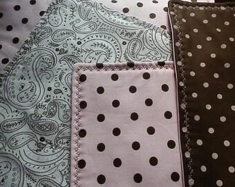Brown/Pink Paisley/Polka Dot placemats (6)