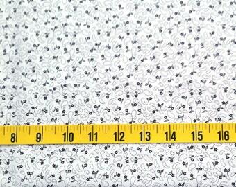 White Black flower cotton fabric - Micro flower print - Fat Eight