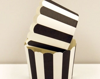 Cupcake Baking Cups, 20 Black Vertical Stripe Cupcake Cups, Paper Candy Cup, Party Nut Cups, Paper Cupcake Liner, Wedding Cupcake Cups