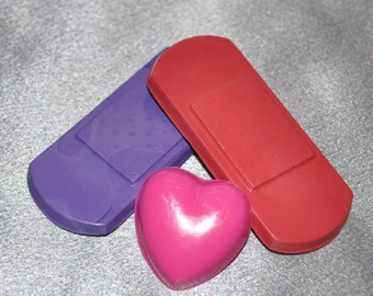 Crayons Band Aid and Heart Shaped, Party Set for 15 Kids.  Boy or Girl Kids Unique Party Favors, Crayons.