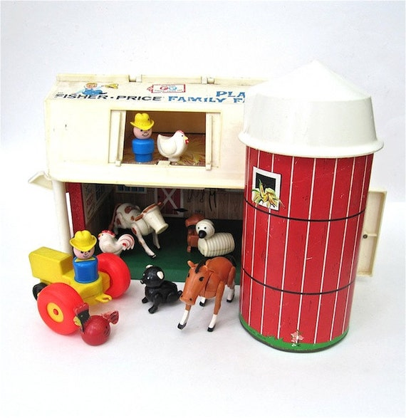 Fisher Price Farm Set with Barn and Silo 1967