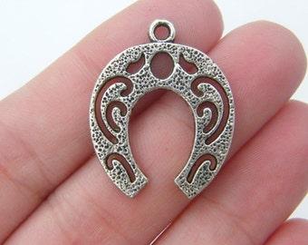 4 Horseshoe pendants antique silver tone A547