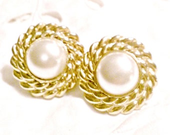 Vintage 1950s Clip Earrings, Retro Mid Century, Acrylic Pearl and Gold Tone Earrings, VisionsOfOlde