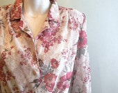 vintage. 70s Lace and Floral Print Dress /  S to M