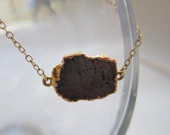 dynamic black stone necklace