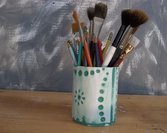 Recycle tin Pencil & Brush Holder in old ceiling tin