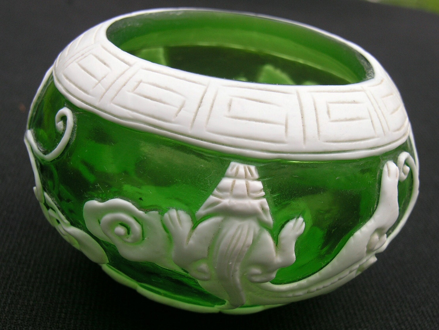 Antique Chinese Peking Cameo Glass Bowl 1800s Chinese Exports
