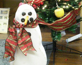 Chunky Wooden Snowman Handmade In Tennessee by Randy Hayward Christmas Winter Indoor Outdoor Decoration