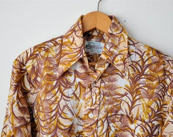 SALE Vintage 70s Mens Hawaiian Shirt 42 Inch Chest