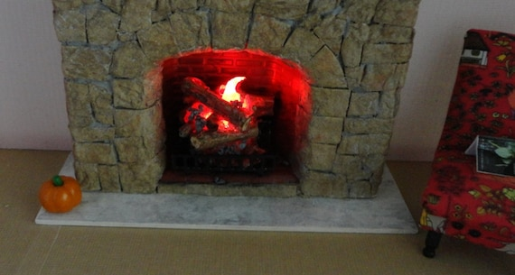 1:12 dollhouse battery operated lit fire logs with grate and