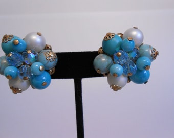 Company Dinner & Drinks - Vintage 1960s Tones of Turquoise Cluster Clip Ons - Wow