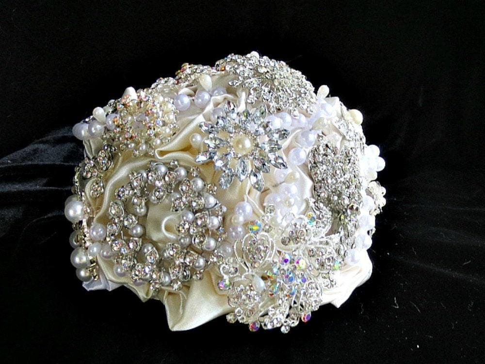 crystal wedding cake topper brooch bridal bouquet. Black Bedroom Furniture Sets. Home Design Ideas