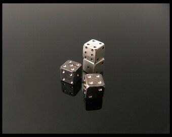 Silver Backgammon Dice