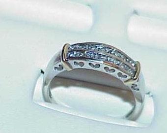 10K 14 Diamond Band Ring Filigree Hearts White Yellow Gold Sz 7.75 Heart Border