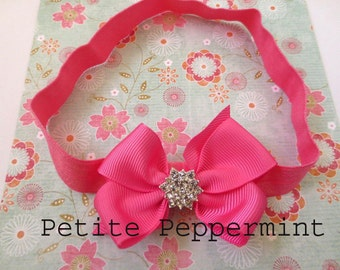 Baby headband, Baby Hair Bow, Baby Bow Headband, Toddler Headband, Infant Headband - Medium Pink Bow headband