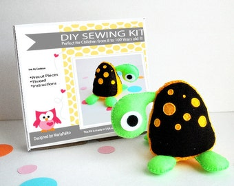 Turtle Sewing Kit, Felt Kids' Crafts, Felt Sewing Kit in a Box, 8+ years old craft, No sewing machine, READY TO SHIP A680