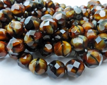 25 Czech Glass Fire Polished  Round Beads in Brown Chroust  8mm Size