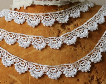 Very cute white   color  beaded  venice  lace  1   yard listing