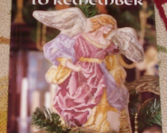 2000  A Christmas to Remember by Liesure Arts Publicatons   All Needlepoint  ** MISPRINT**