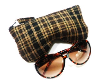 Curves Plaid Eyeglass Case, Sunglasses Pouch, Sunglasses Case, Zippered Eye Pouch Brown/Gold/Black
