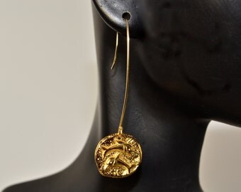LP 1032   24K Gold Plated Bronze Dolphin Coin Earrings