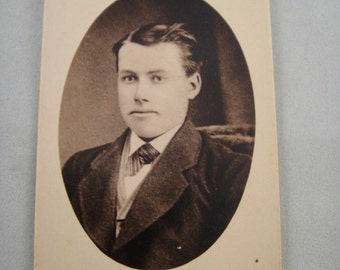 Photograph Man in Suit from late 1800s