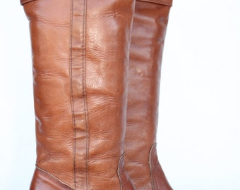 Rocking tall sexy vintage Frye boho leather cuffed campus riding boots 6 B MINT