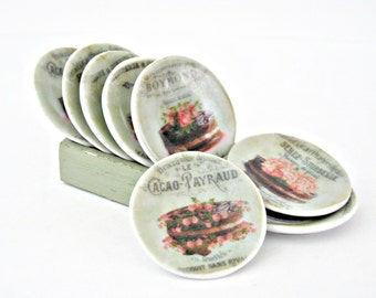 Miniature vintage style plate set (8) for dolls house
